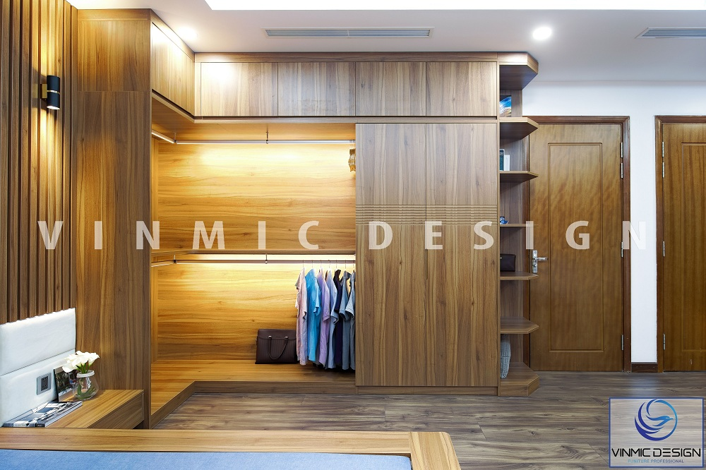 Tủ áo được làm bằng chất liệu gỗ tự nhiên, không cánh