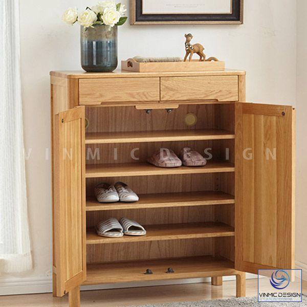 Để tận dụng được diện tích khiêm tốn, với tủ giày nhỏ tiện lợi