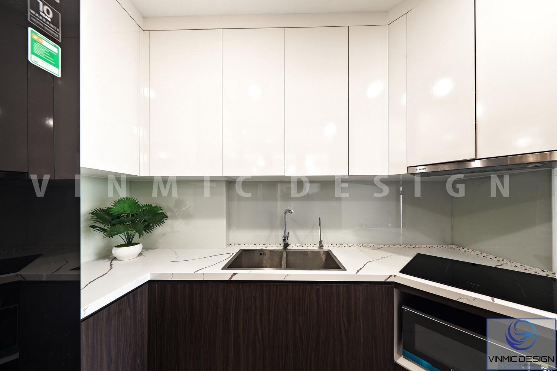 Không gian nhỏ bé phòng bếp, kèm theo chất gỗ công nghiệp hiện đại