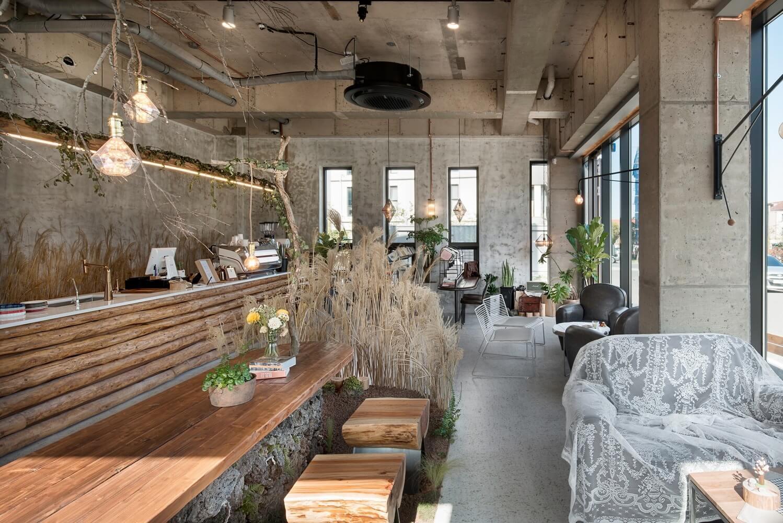 Cách sắp xếp bố trí quán cà phê đầy đủ công năng