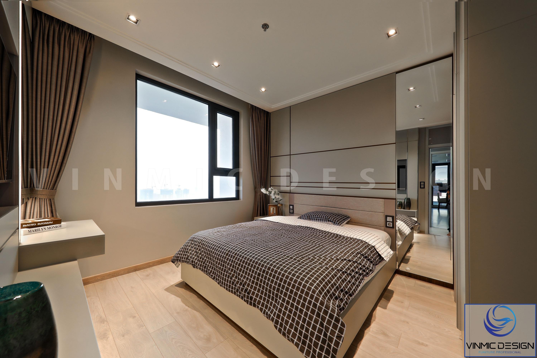 Giường ngủ được đặt đúng nơi hệ thống cửa sổ, nhằm tận dụng ánh sáng tự nhiên