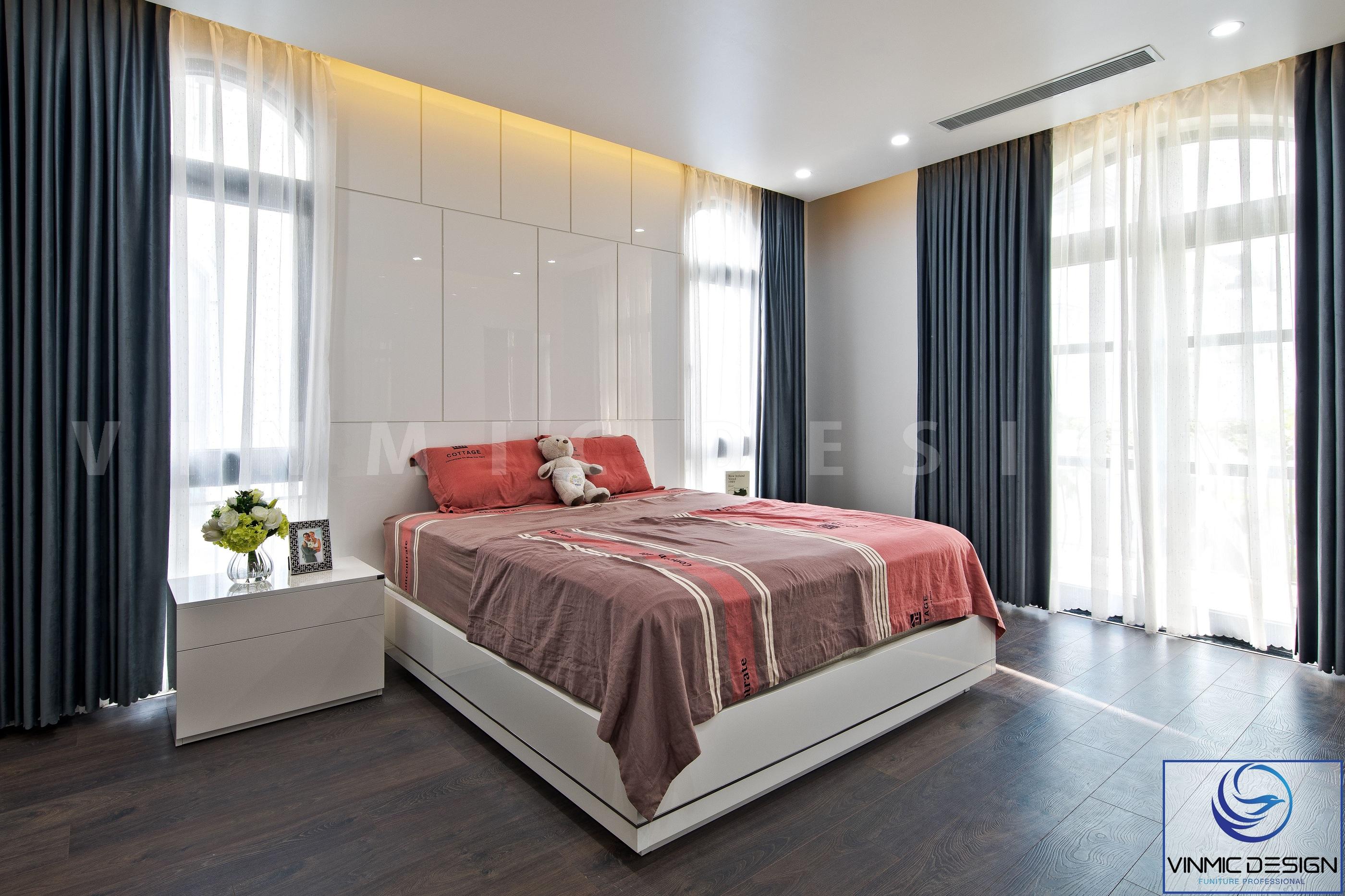 Phòng ngủ được thi công đơn giản, gọn gàng