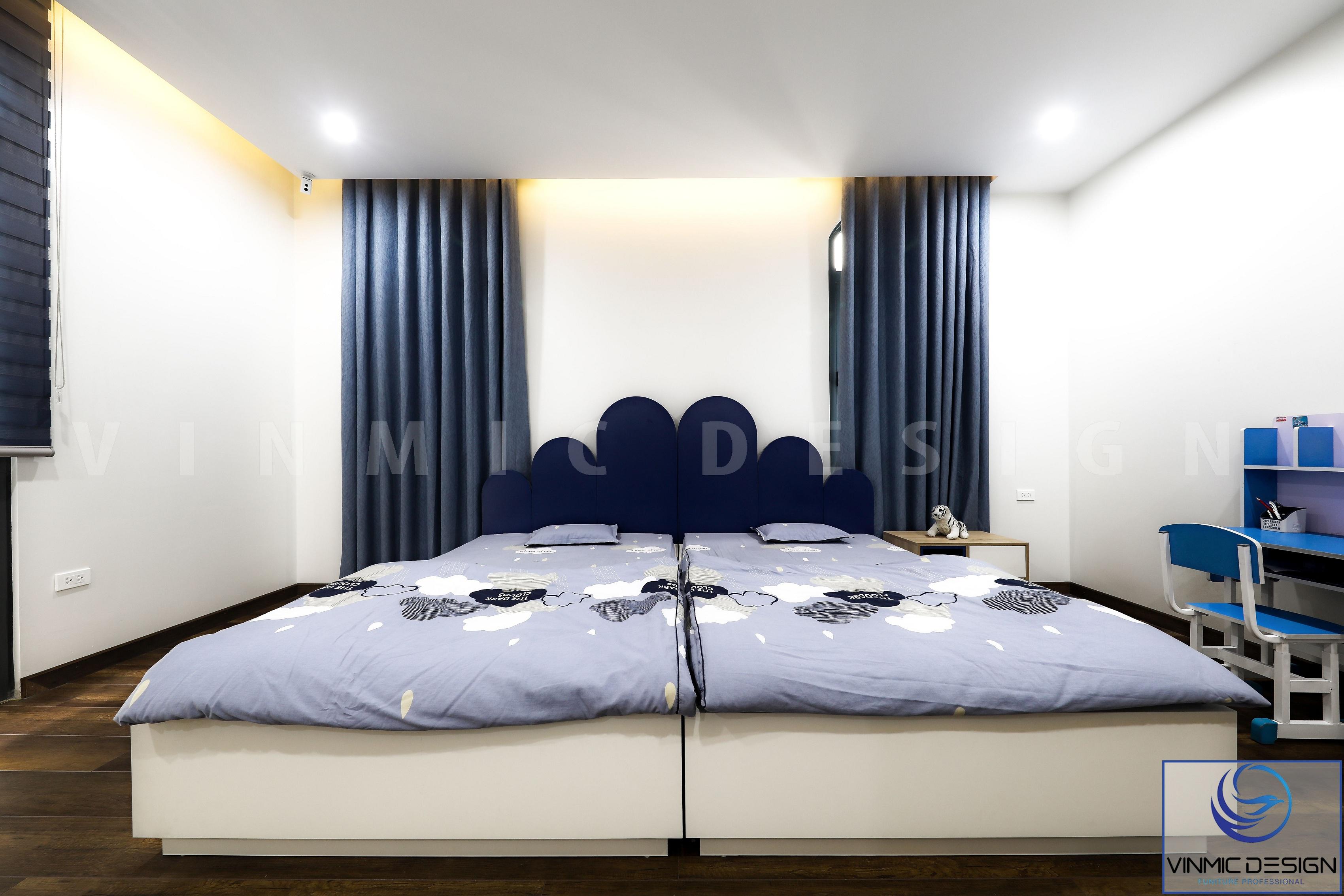 Với sự cách điệu của đầu giường là một điểm nhấn lớn cho không gian phòng ngủ này