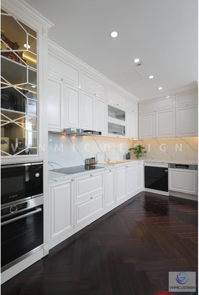 Hài hòa giữa màu sàn nhà gỗ và tủ bếp, thi công tủ bếp sang trọng tại căn biệt thự Vinhomes Green Bay - Mộc Lan