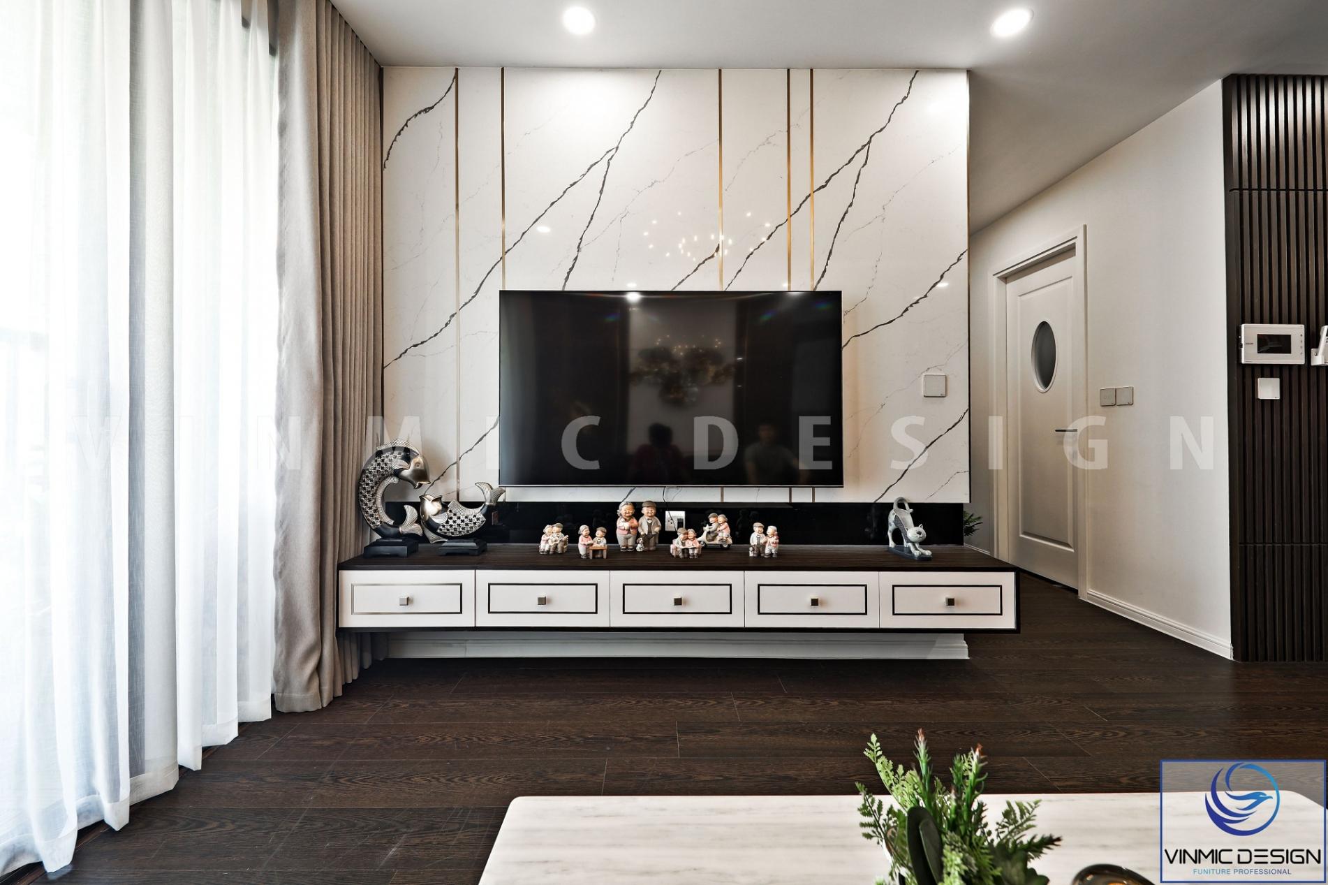 Kệ tivi và ốp tường sang trọng tại căn hộ Imperia Sky Garden