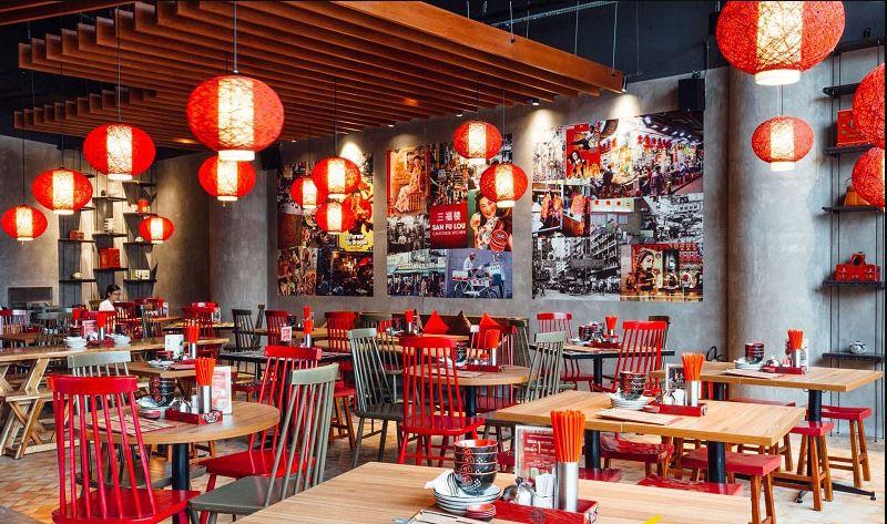 Thiết kế nhà hàng Hồng Kông nổi bật với tone màu đỏ chủ đạo