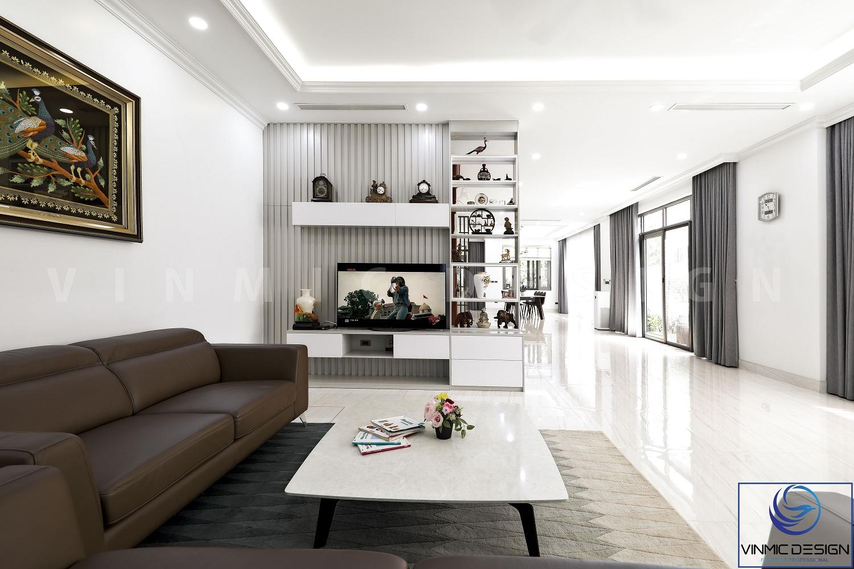 vạch tivi kết hợp tủ trang trí là một thể thống nhất.